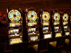 Avhengighet til pengespill har ført mange ut i økonomisk elendighet. Les om Petters personlige historie.